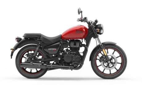 Royal Enfield Meteor 350 Fireball red